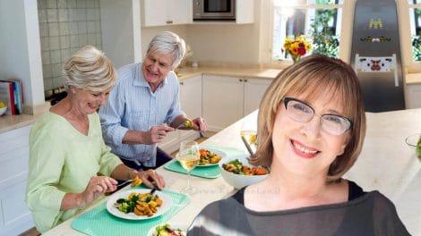 בני 50 + לא אוכלים כמו בני 30 | הטור של דר' אולגה רז | עיבוד צילום: שולי סונגו ©
